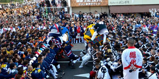 喧嘩神輿で有名な道後秋祭り